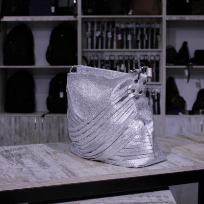кожаная блестящая сумка