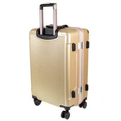 качественные чемоданы фото